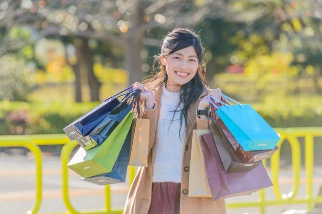 お買い物やサービスで貯まる
